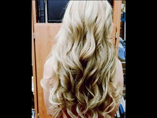 Feel confident with any hair style or ny hair color. Wear your hair extensions any way you like.